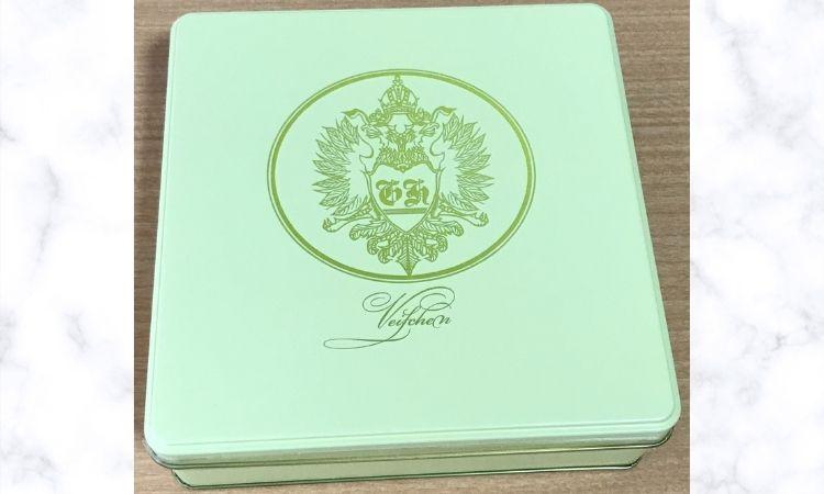銀座ハプスブルク・ファイルヒェンのテーベッカライグロースのクリーム色の缶