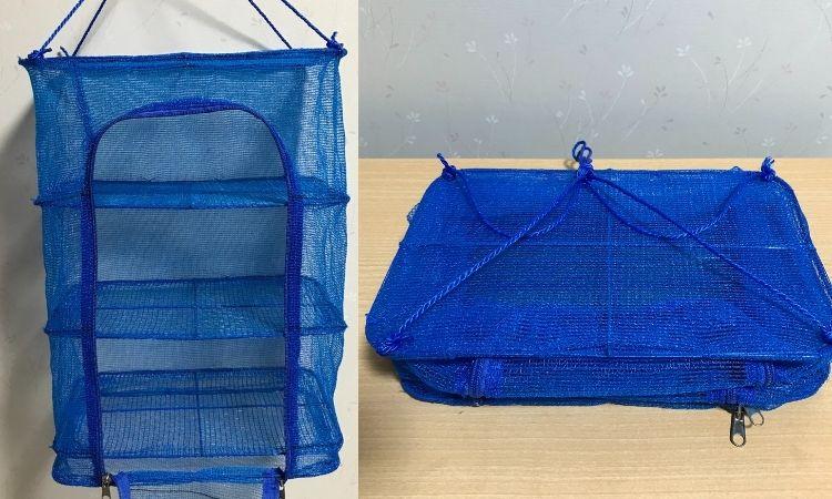 左が干しネット3段をフックにかけた状態。右がネットを畳んだ状態。